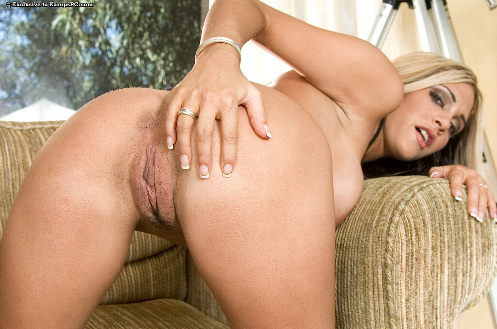 Caramel moore anal